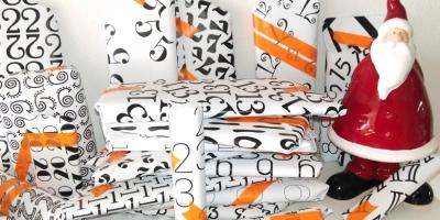 Adventskalender mit Zahlen-Geschenkpapier