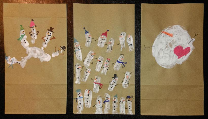 Handabdruck mit Fingerfarben: Schneemänner